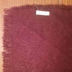 Lovely silence + noise, Big fluffy fringe scarf